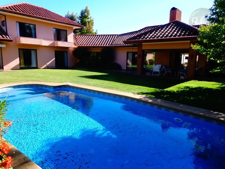 Vendo amplia  y hermosa  casa en Parcelas del Parque
