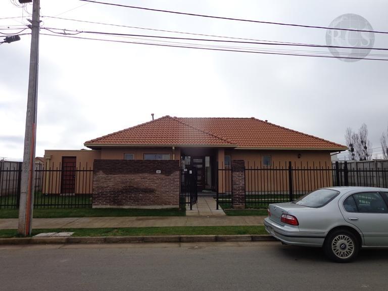 Arriendo  amplia  casa nueva, de 140m2 en Parcela Viña Esmeralda