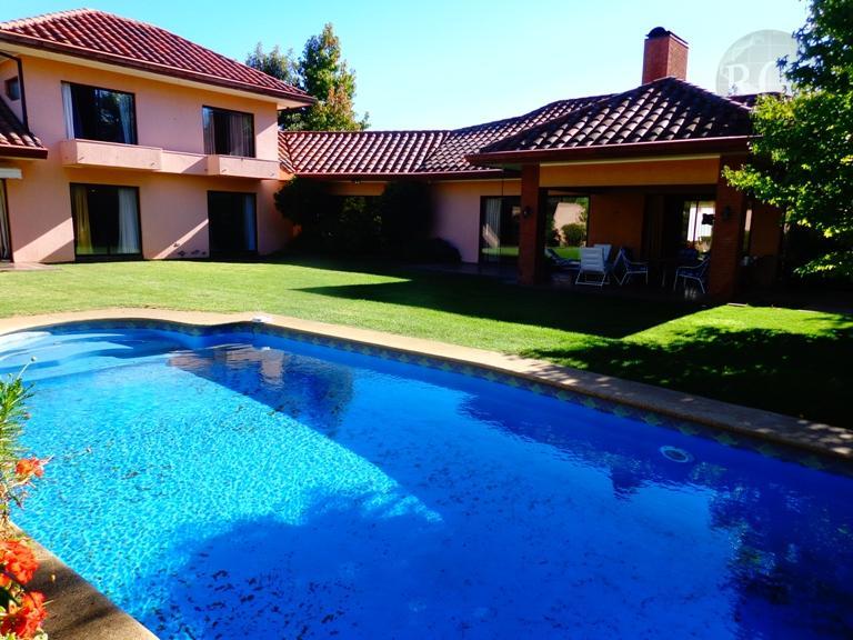 Arriendo amplia casa  en el mejor sector residencial de Talca, Parcelas del Parque